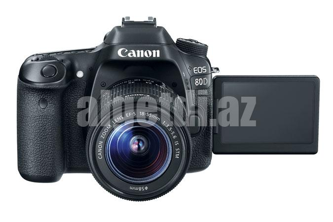 canon-eos-80d-ef-s-18-55-is-stm-kit-3