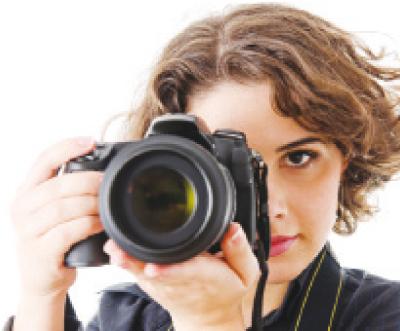 التقاط الصور للتذكر يؤدي إلى النسيان - Alghad