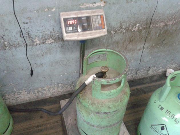 مافيات تتلاعب بأسطوانات الغاز Alghad
