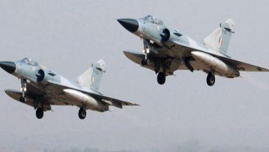 Photo of باكستان تسقط طائرتين هنديتين داخل مجالها الجوي