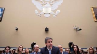 Photo of محامي دونالد ترامب السابق أمام الكونغرس: ترامب عنصري وغشاش وكان يدير الأكاذيب لخداع الشعب الأمريكي