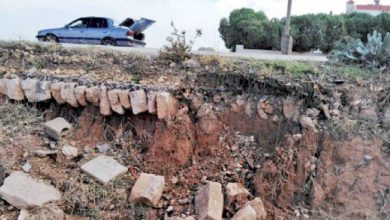 """Photo of الطريق الملوكي في ذيبان.. تشققات وانهيارات متكررة و""""الأشغال"""" تتعهد بصيانتها"""