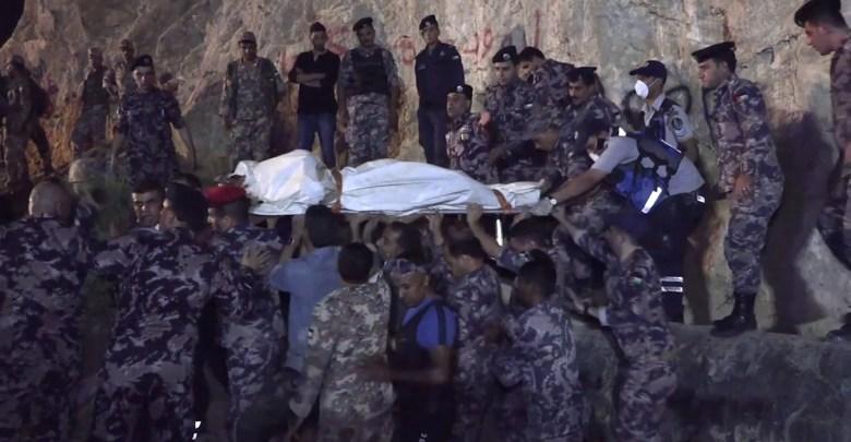 """Photo of بعد عام من الكارثة.. فاجعة البحر الميت """"مكانك سر"""".. والحكومة تنكث بوعودها -فيديو"""