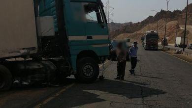 Photo of وفاة وإصابتان بتصادم مركبتي شحن في العقبة