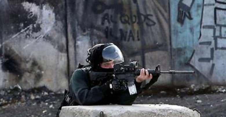 Photo of استشهاد شاب فلسطيني برصاص الاحتلال بالقدس