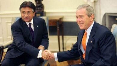 الرئيس السابق برفيز مشرف مع الرئيس الاميركي السابق جورج بوش الابن