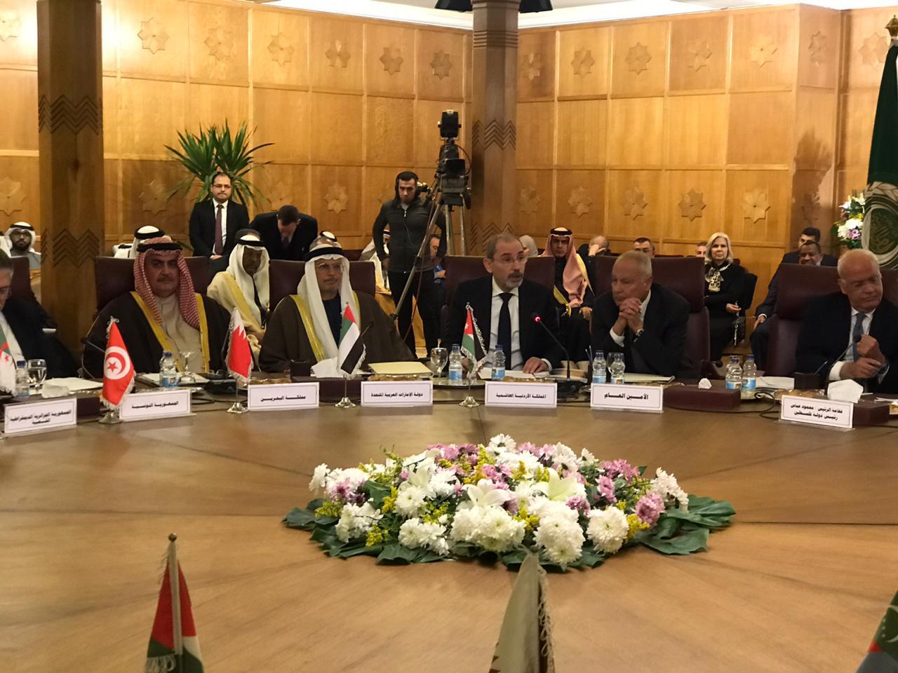 الصفدي خلال الاجتماع الوزاري في القاهرة بشان صفقة القرن