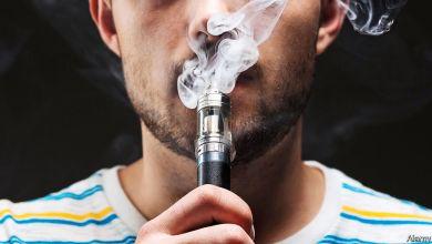 """السجائر الإلكترونية تزيد من خطر الإصابة بفيروس """"كورونا،"""