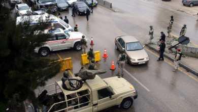Photo of القبض على 392 شخصاً خالفوا تعليمات حظر التجول منذ سريانه
