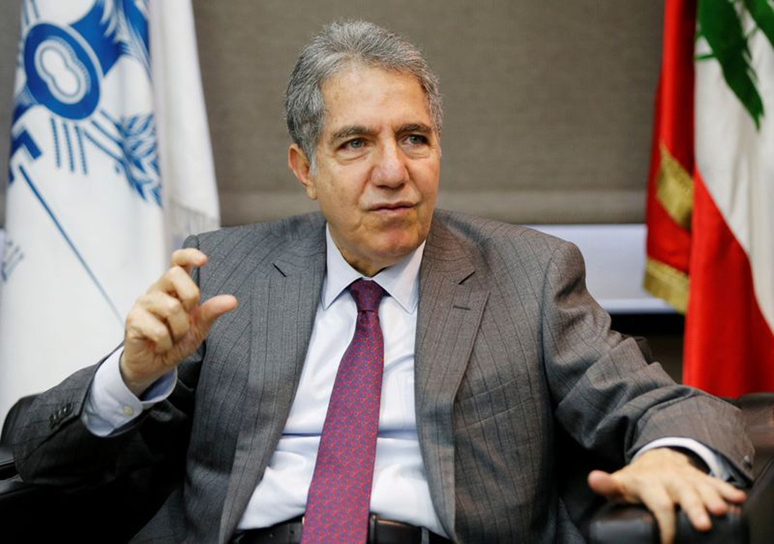 وزير المالية غازي وزني