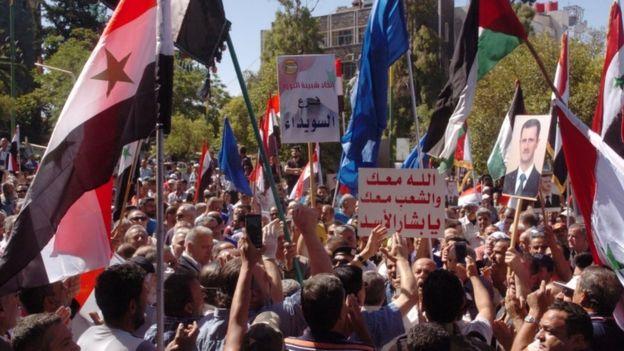 Photo of الرئيس السوري بشار الأسد يعفي رئيس الوزراء من منصبه بعد ازدياد الاحتجاجات