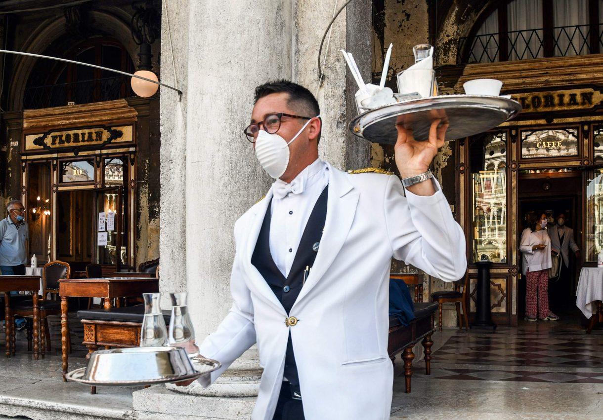 من مظاهر عودة السياحة والحرة لمدينة البندقية في إيطاليا - ا ف ب
