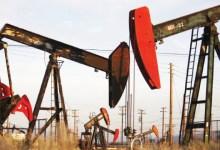 Photo of أسعار النفط ترتفع بعد تقرير عن انخفاض كبير في مخزونات الخام الأمريكية