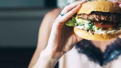 يؤدي عدم تضمين الفاكهة والخضروات في النظام الغذائي للمرء إلى عواقب صحية كبيرة ويعرض الشخص لخطر الإصابة بأمراض خطيرة.
