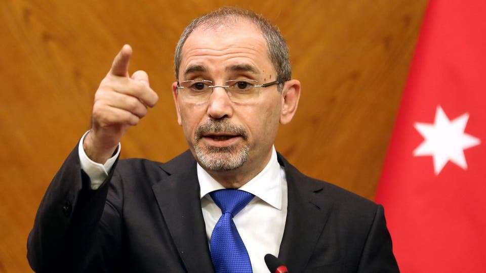 وزير الخارجية وشؤون المغتربين