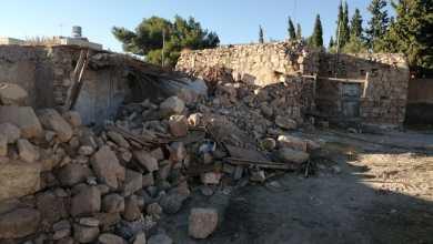Photo of وفاتان بانهيار منزل قديم في الكرك (صور)