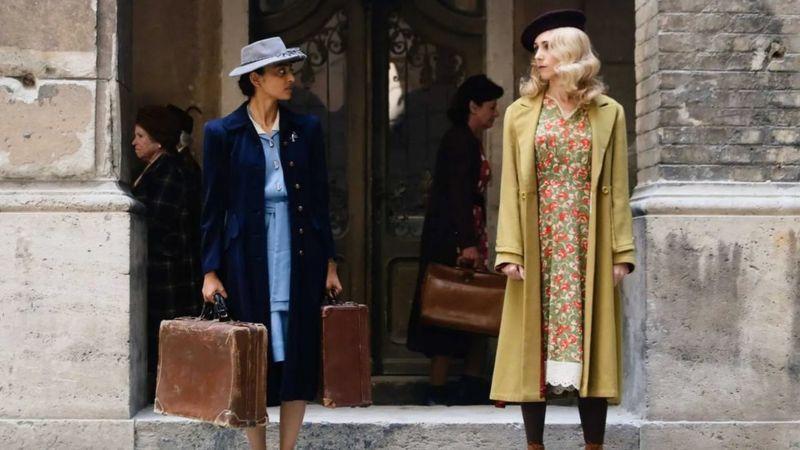 مشهد من فيلم A call to spy