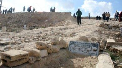 Photo of بعد الاعتداء الأخير.. إغلاق مقبرة الرصيفة الإسلامية القديمة نهائيا