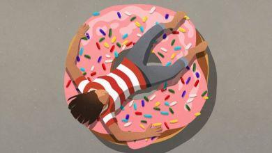 Photo of لماذا نشعر بالسعادة لدى تناول بعض الأطعمة؟