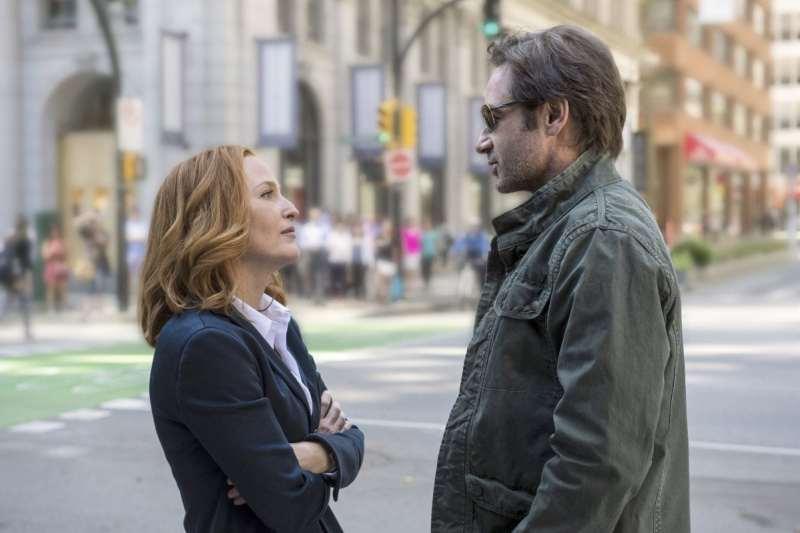 """Primer trailer de la nueva miniserie de """"X-Files"""" (Expediente"""