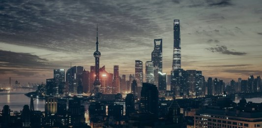 China to Become an AI Superpower as Europe Experiences Brain Drain