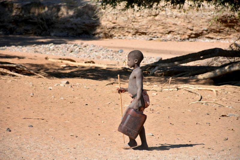 ילד משבט ההימבה