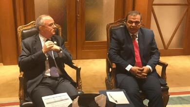 وزير العمل الأردني مع وزير القوى العاملة المصري