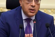 Photo of رئيس الوزراء يهنئ شيخ الأزهر بمناسبة عيد الفطر المبارك