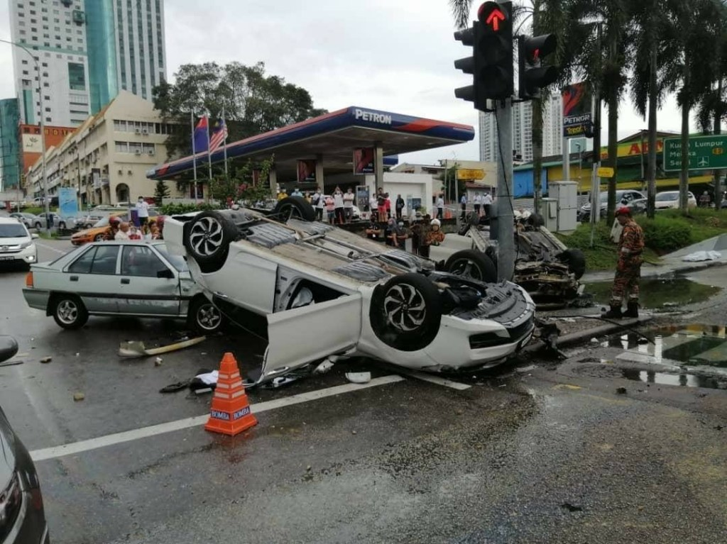 Drunk driving accident Malaysia