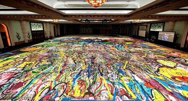 بيع أكبر لوحة فنية على القماش في العالم
