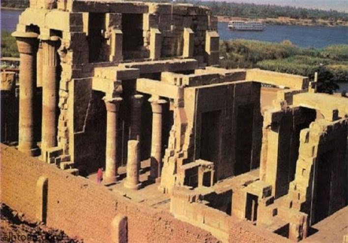 شاهد معبد كوم أمبو اهم المعابد الاثرية في اسوان -صحيفة هتون الدولية-
