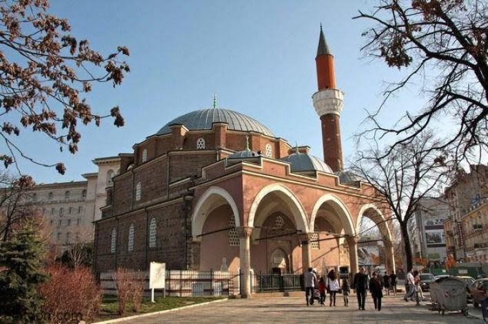 مسجد بانيا باشي الرائع