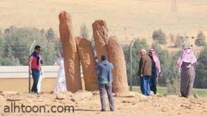 أعمدة الرجاجيل.. تعود إلى الألف الرابع قبل الميلاد -صحيفة هتون الدولية