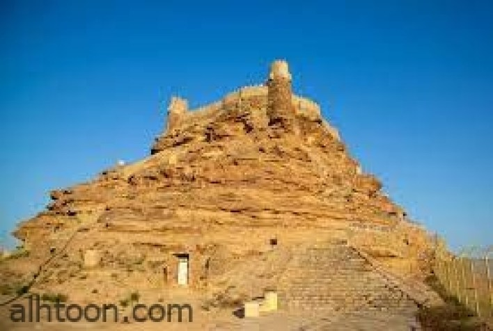 قلعة شنقل الشهيره في محافظة تربة -صحيفة هتون الدولية