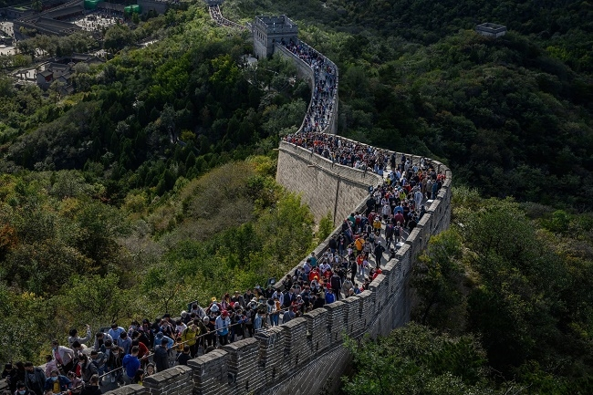 شاهد: زحف الملايين على سور الصين العظيم - صحيفة هتون الدولية