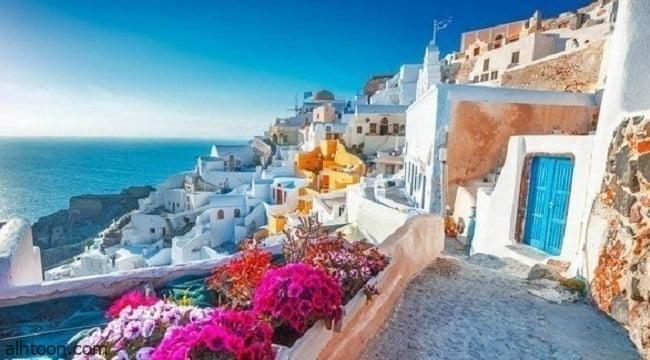 استعدادا لعودة السياح اليونان تعيد فتح شواطئها