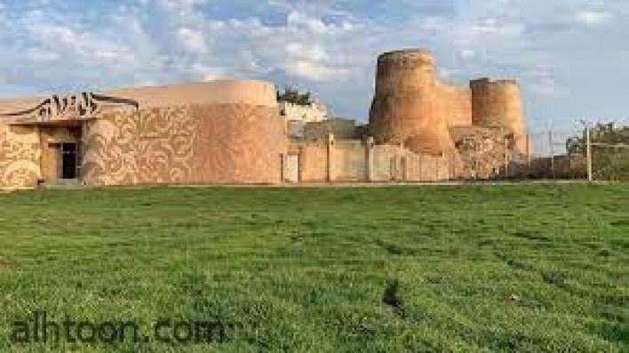 """قلعة """"تاروت"""" ... أقدم ثغور البرتغاليين في الجزيرة العربية -صحيفة هتون الدولية"""