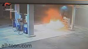 فيديو .. سيارة تقتحم محطة وقود - صحيفة هتون الدولية