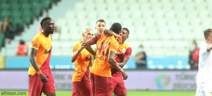 لاعب يعتدي على زميله بالفريق - صحيفة هتون الدولية