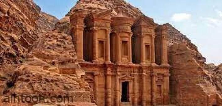 بتراء الأردن تحفة هندسية عمرها 2600 عام -صحيفة هتون الدولية