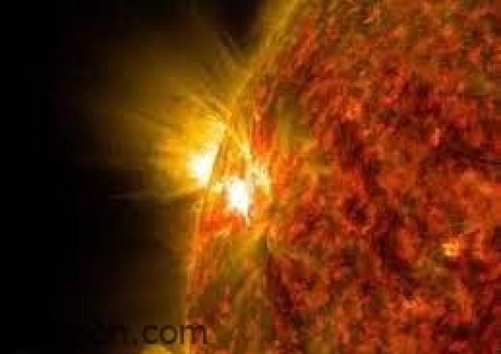 عاصفة شمسية تضرب الأرض.. وتهدد شبكات الطاقة -صحيفة هتون الدولية