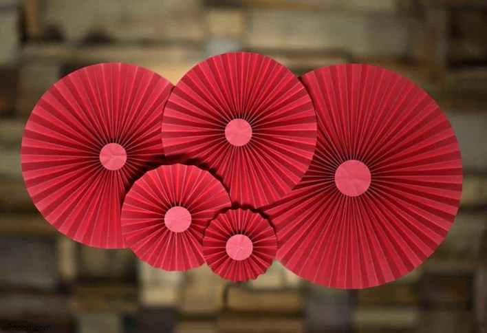 صناعة ورقة الزهور للأطفال -صحيفة هتون الدولية