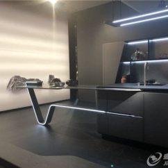 Kitchen Island Counter Labels 建材网 打造中国一流建材b2b平台 龙8国际 授权网站 镜面后挡板是一个豪华的厨房元素 这个独立厨房岛包含所有必要的厨房元素 豪华的设计与的技术相结合