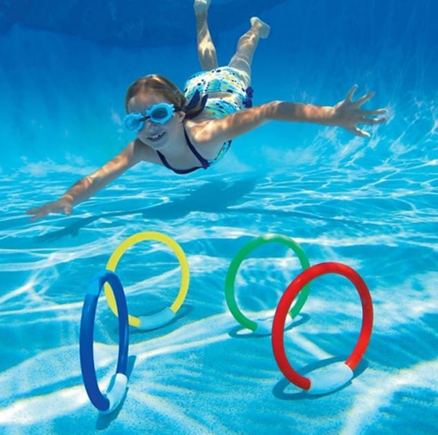 kid-diving-ring