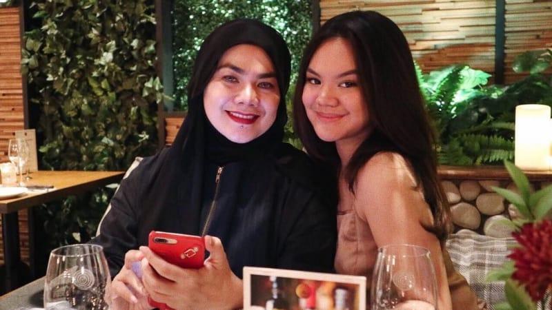 Shafa dan ibunya, istri Faisal Harris