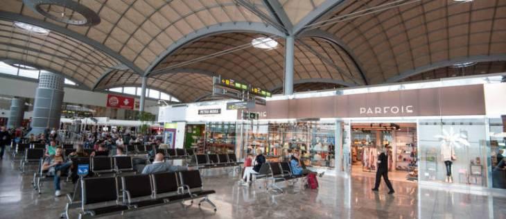 El aeropuerto de El Altet vuelve a batir su récord histórico en ...