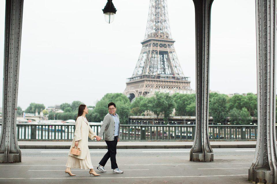 Romantic Rainy Paris Engagement Session by Alice Ahn fine art wedding photography