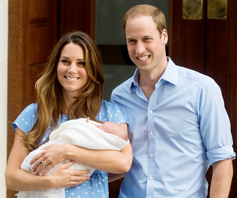 Mummy Kate Middleton & Daddy Prince William & Baby Prince George Alexander Louis