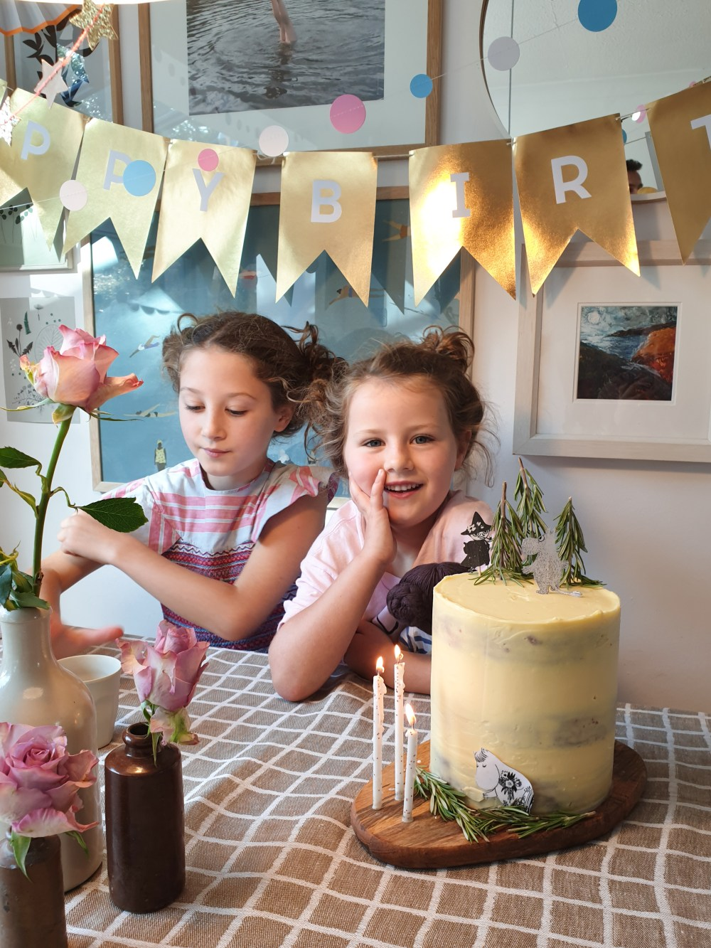 Scandinavian Interiors and lifestyle. Kid's birthday party inspiration.