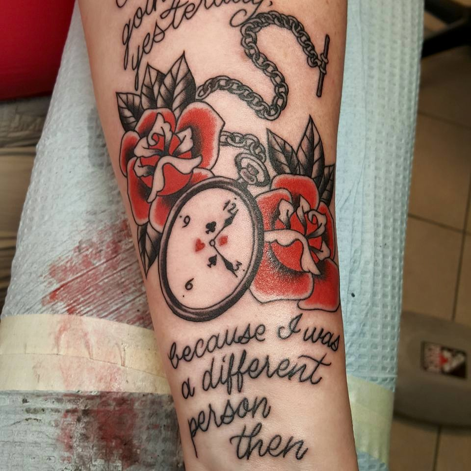 Amazing Tattoos Inspired By Alice In Wonderland
